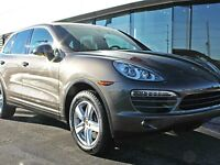 2014 Porsche Cayenne Local Car - Two Sets of Tires - Premium Pac