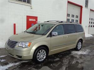 2010 Chrysler Town & Country ~ DVD ~ Backup cam ~ $11,999