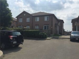 3BR 2WR Condo Town... in Brampton near Steeles/Windmill