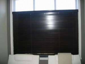 "Stores en bois Hunter Douglas (largeur 78"")"