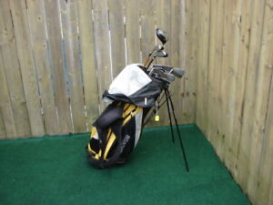 Men's Right Hand Taylormade golf club sets with golf bag