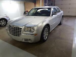 2006 Chrysler 300 C  87200KM 1 YEAR WARRANTY WITH WINTER TIRES