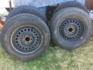 set of 4 Hankook Winter tires with rims
