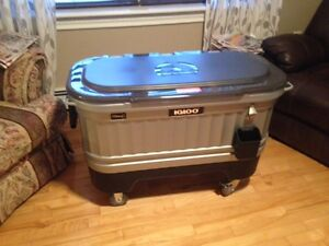 New Igloo Liddup Party Cooler
