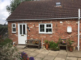 1 Bed self contained Bungalow to Rent