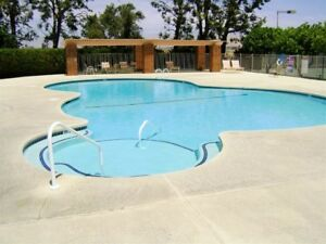 Escape to beautiful Palm Springs 2 bedroom townhouse