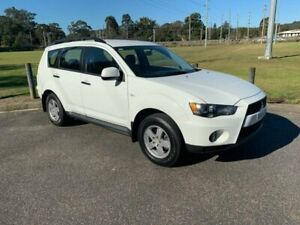 2011 Mitsubishi Outlander ZH MY11 Activ White 6 Speed CVT Auto Sequential Wagon West Gosford Gosford Area Preview