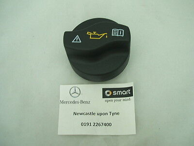 Genuine Mercedes-Benz Engine Oil Filler Cap A0000101385 NEW