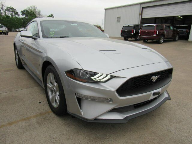 Image 3 Voiture American used Ford Mustang 2019