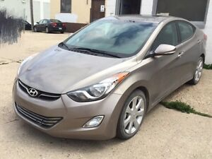2013 Hyandai Elantra Limited  Heating seat  Back up camera