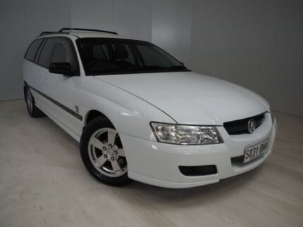 2004 Holden Commodore VZ Executive White 4 Speed Automatic Wagon Mount Gambier Grant Area Preview