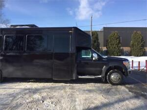 2013 F550 Shuttle Bus- Executive Interior 22Pass +TV/DVD +Tables