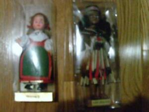 18 Souvenir Dolls - Vintage with International Native Costumes London Ontario image 10