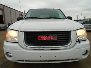 2009 GMC Envoy SLE SPORT-4WD SUNROOF---AMAZING SHAPE