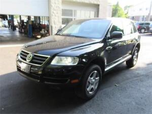 2007 Volkswagen Touareg V6 Navi, back up camera , certified