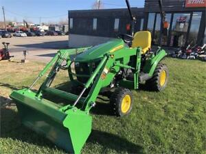NEW John Deere 1023E with D120 Loader