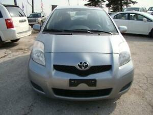 2010 TOYOTA YARIS - LOW KM * 2 SETS  ALL SEASON AND WINTER TIRES