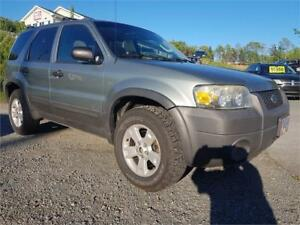 GREAT SHAPE! Ford Escape XLT 4WD, SUNROOF , NEW MVI