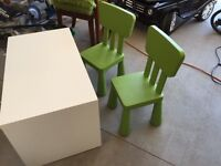 Childrens table & chairs set