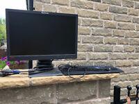 Computer Monitor and Keyboard (Ienovo)
