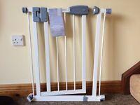 narrow safety gate gates guards for sale gumtree. Black Bedroom Furniture Sets. Home Design Ideas