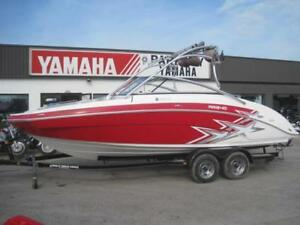 Very Clean 2010 Yamaha AR 240 H.O Jet boat for sale
