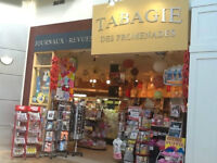 *Tabagie Great Location For Sale 20 Years In Business **Quebec*