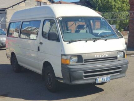 1992 Toyota Hiace RZH125 Commuter Massive Space Inside 5 Speed Manual Bus