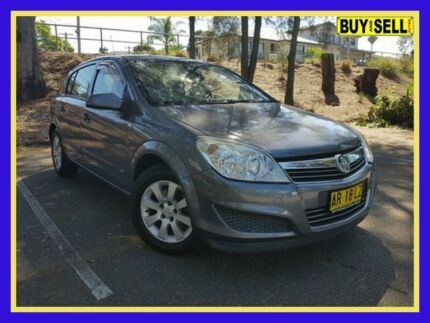 Holden astra ah 2007 convertible 2drs auto black sat van reverse 2007 holden astra ah cd grey automatic hatchback fandeluxe Image collections