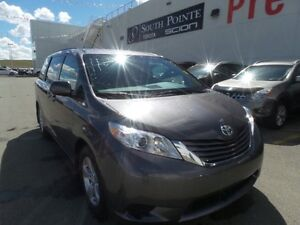 2015 Toyota Sienna LE | 8 Passenger | Bluetooth | Backup Camera
