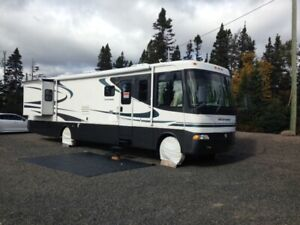 2003 - 36' Holiday Rambler Motorhome - only 21000 miles