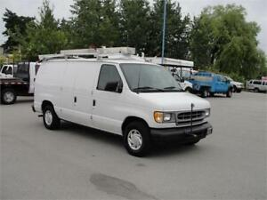2002 FORD E-150 CARGO VAN V6 *LOW KM*