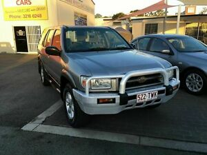 2000 Nissan Pathfinder ST (4x4) Silver 4 Speed Automatic 4x4 Wagon Coopers Plains Brisbane South West Preview
