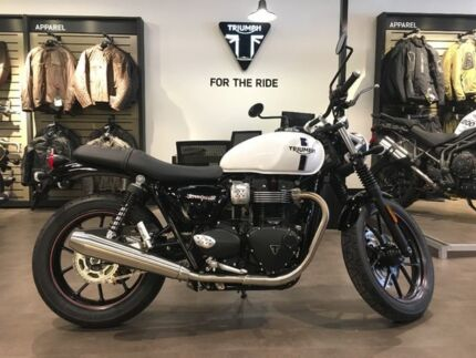 2017 Triumph Street Twin Road Bike 900cc Collingwood Yarra Area Preview