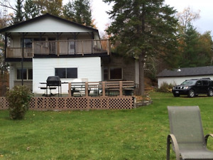 Cottage for Rent on Beautiful White Lake in Godfrey