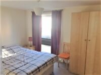 Spacious, double bedroom available for flatshare in stunning cottage in Penicuik!