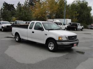 2003 FORD F-150 XL EXTENDED CAB LONG BOX *LOW KM*