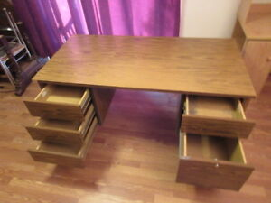 SEVERAL DESKS AND OFFICE CHAIRS - GREAT LOW PRICES!