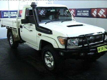 2008 Toyota Landcruiser VDJ79R GXL (4x4) White 5 Speed Manual Tipper Cardiff Lake Macquarie Area Preview