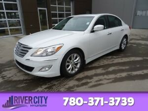 2013 Hyundai Genesis Sedan 3.8 Leather,  Sunroof,  Bluetooth,  A