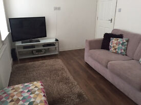 One bedroom flat for rent within a desirable area of paisley . Recently fully renovated