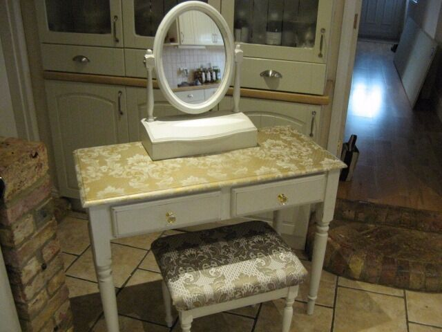 """Dressing tablein Canvey Island, EssexGumtree - For sale white dressing table with matching stall and mirror with gold lace effect 39"""" wide x 18"""" deep x 31"""" high thanks for looking please view my other items"""