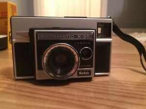 Instamatic Vintage / Film x-35 Camera