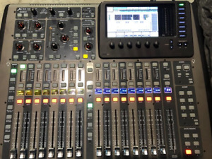 Behringer X32 Compact Digital Mixer  with Road Case