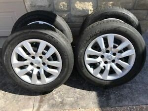 Nissan Altima wheels with all season tire and TPMS like new