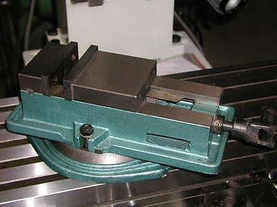 Schraubstock Maschinenschraubstock 100 mm NEU!
