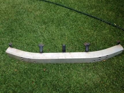 Prado bumper reinforcement bar