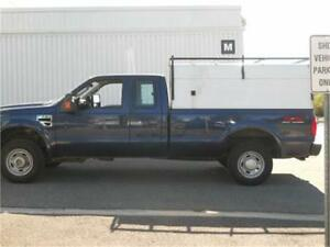 2008 FORD F250 EXT CAB, 8FT BOX, 4X4 V10 6.8L