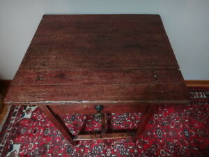 Quebec Pine Side Table c. 1870 West Island Greater Montréal image 5