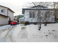 THICKWOOD/ GARAGE/ PRIVATE YARD